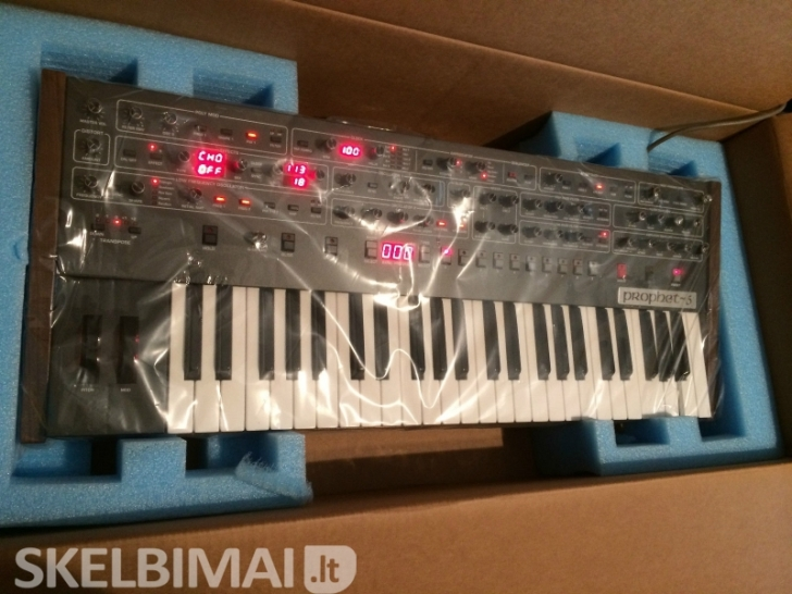 Dave Smith Prophet 6 voice SEQUENTIAL analog synth keyboard